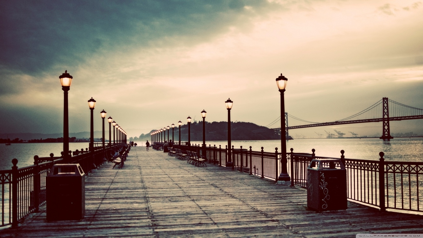 pier_vintage-wallpaper-1366x768